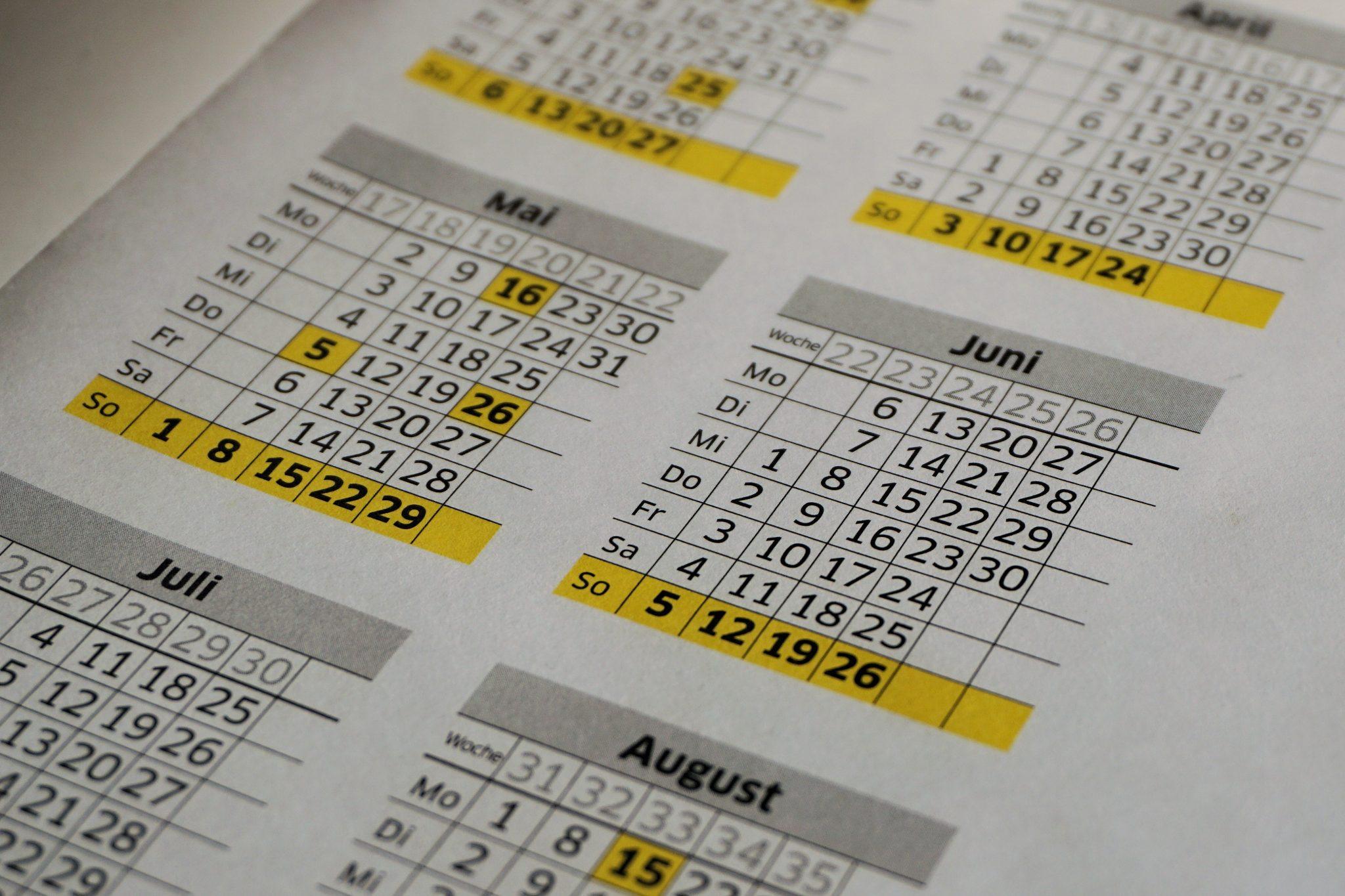 calendario- TRÁMITES PARA INMIGRANTES