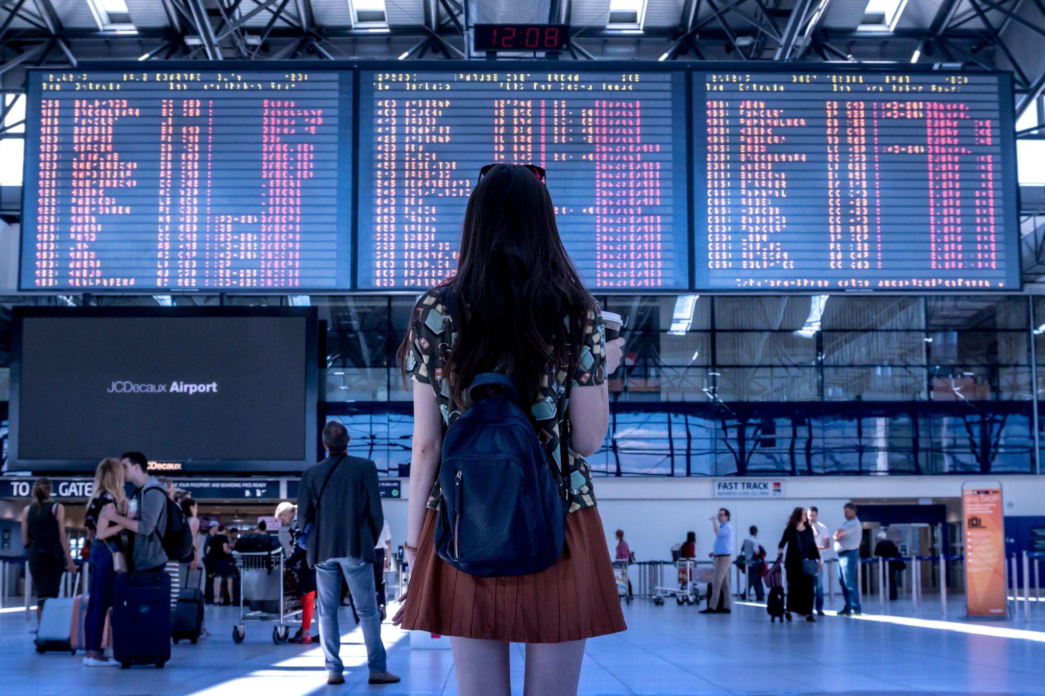 aeropuerto españa - TRÁMITES PARA INMIGRANTES